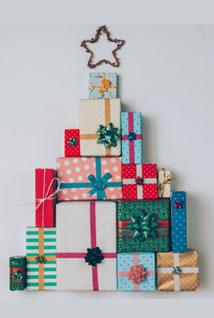 Le sapin de cadeaux à accrocher au mur
