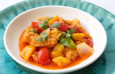 Curry de poulet aux fruits